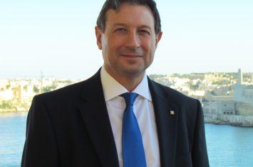 Peter Vella
